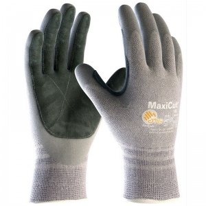 MaxiCut Level 5 Oil-Resistant Gloves 34-470LP