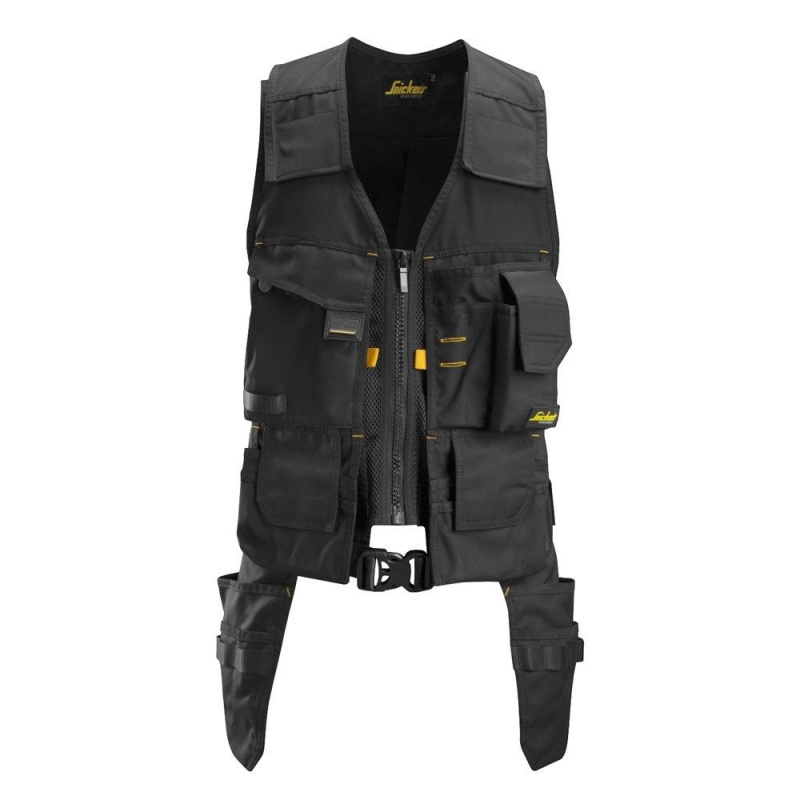 Keep Tools at Hand With Snickers Tool Vests